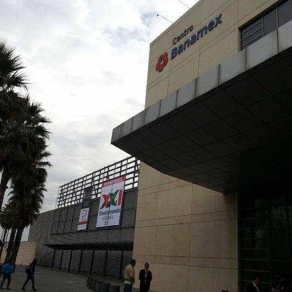 Foto tomada en Centro Banamex por Omar G. el 3/2/2013