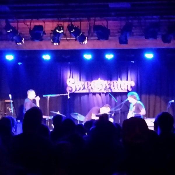 12/15/2017にKNOW B.がSweetwater Music Hallで撮った写真