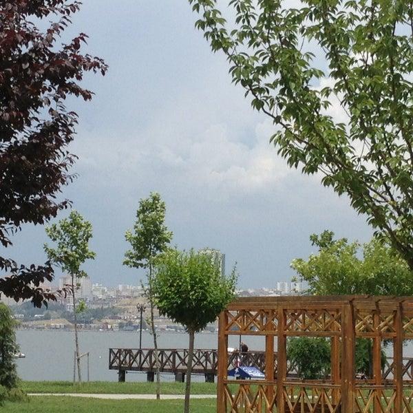 6/7/2013에 Ahmet Ö.님이 Love Garden에서 찍은 사진