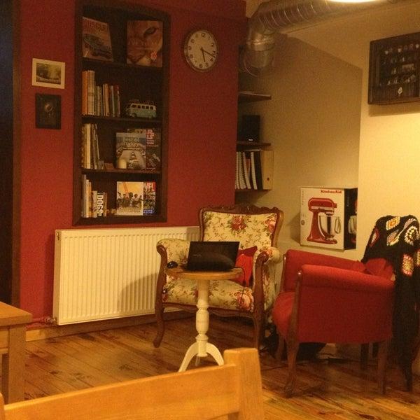 2/20/2013 tarihinde Orbay S.ziyaretçi tarafından Semolina Kafe & Restoran'de çekilen fotoğraf