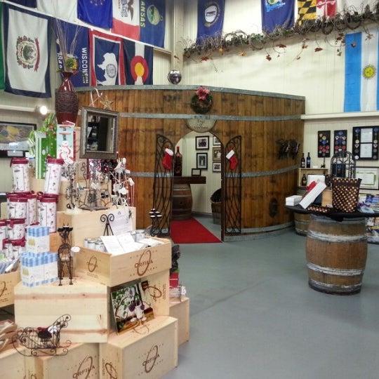 รูปภาพถ่ายที่ Orfila Vineyards and Winery โดย Matthias S. เมื่อ 12/30/2012