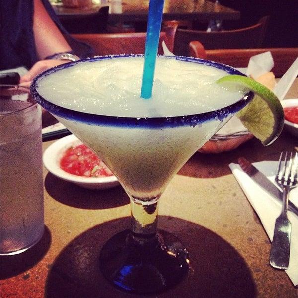 รูปภาพถ่ายที่ Cafe Coyote โดย Jesus S. เมื่อ 12/2/2012