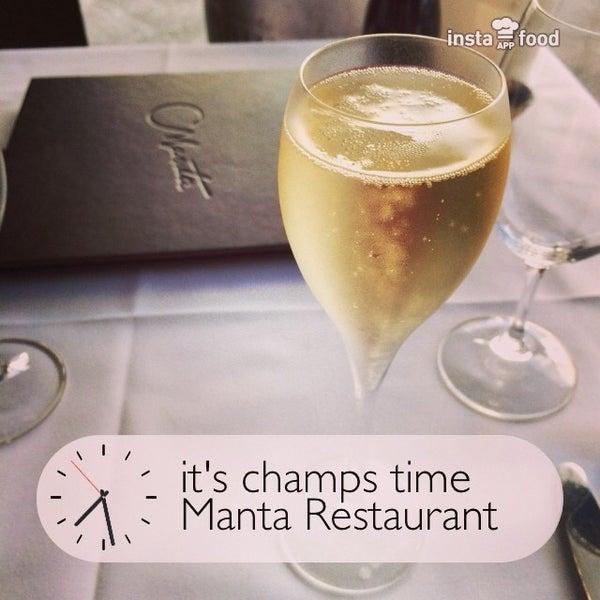 Foto scattata a Manta Restaurant da Taro M. il 12/27/2013