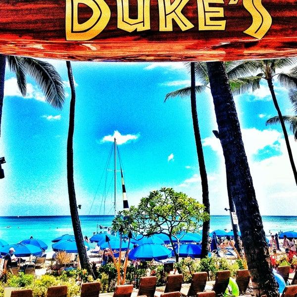 6/7/2013에 Gabriel S.님이 Duke's Waikiki에서 찍은 사진