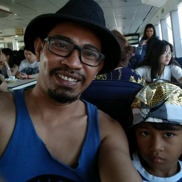 4/29/2017에 Gleen J.님이 Bali Hai Cruises에서 찍은 사진