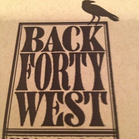 Photo prise au Back Forty West par Tosca D. le5/18/2013