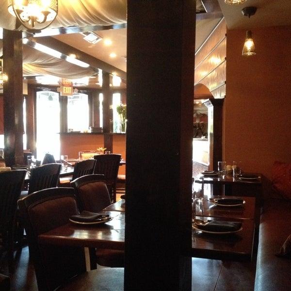 3/27/2014 tarihinde Sara S.ziyaretçi tarafından Sufi's Restaurant'de çekilen fotoğraf