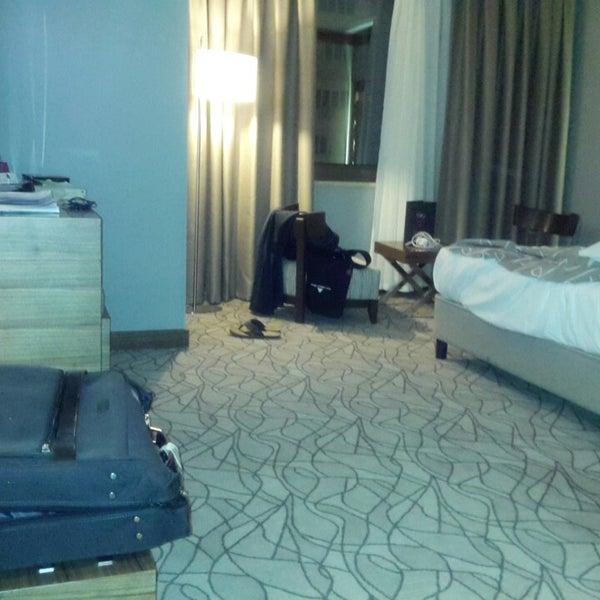 Das Foto wurde bei Grand Hotel Gaziantep von Nasser W. am 6/5/2013 aufgenommen