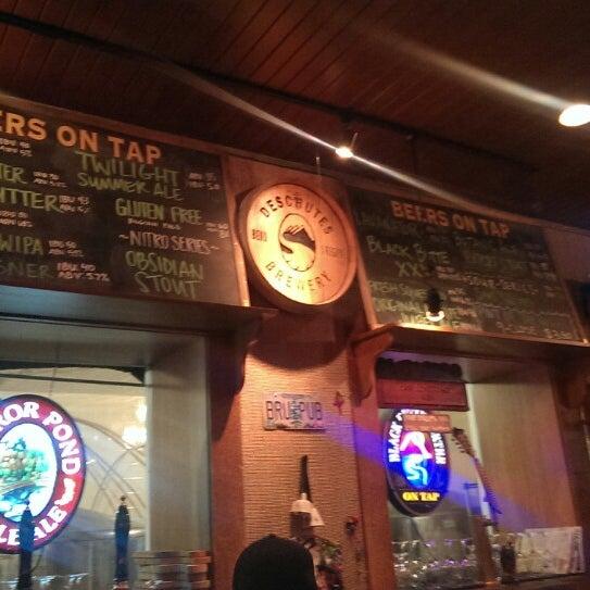 Снимок сделан в Deschutes Brewery Bend Public House пользователем Ethan P. 7/5/2013
