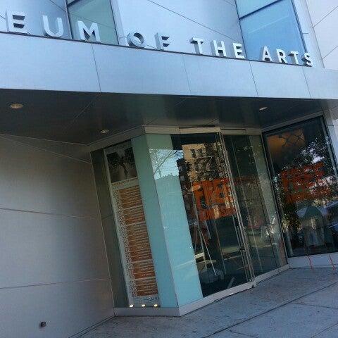 Foto scattata a Bronx Museum of the Arts da Darius H. il 11/14/2012