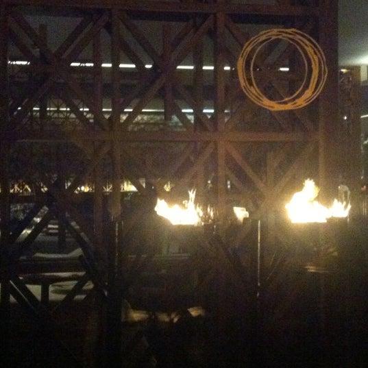Foto diambil di Astrid & Gastón oleh Jairsinho N. pada 10/3/2012