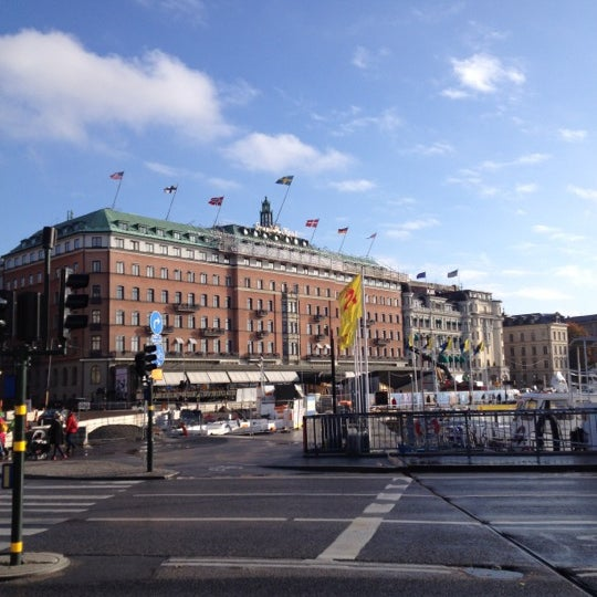 Foto tirada no(a) Grand Hôtel Stockholm por Michael S. em 10/17/2012