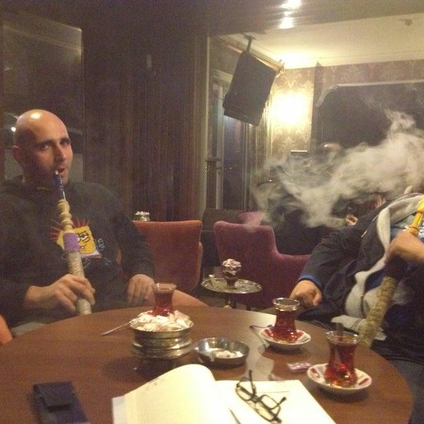 รูปภาพถ่ายที่ Cafe Marpuç โดย ozgur s. เมื่อ 3/25/2013