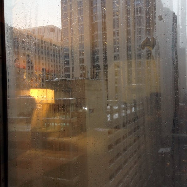1/5/2014 tarihinde Philly G.ziyaretçi tarafından MileNorth, A Chicago Hotel'de çekilen fotoğraf