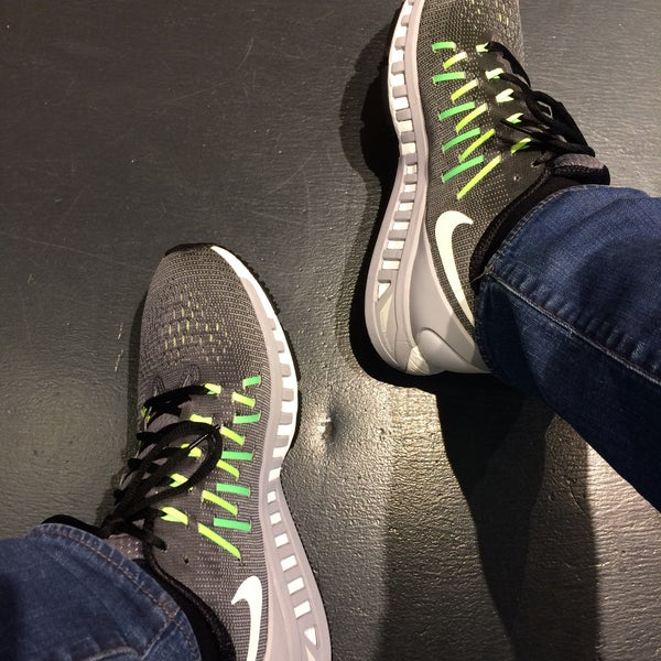 Oscuro Goma de dinero locutor  Nike Outlet - Westend Retail Park, Unit 6, Blanchardstown