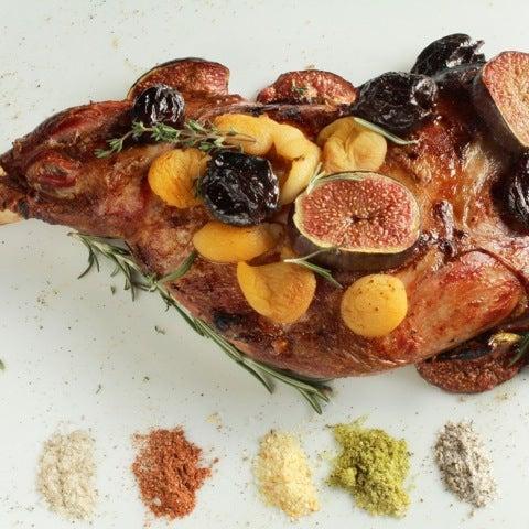 Das Foto wurde bei Мясо von Ресторан мяса - М. am 10/9/2012 aufgenommen