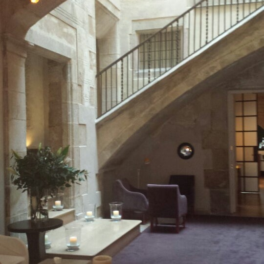 Foto diambil di Hotel Neri oleh Susie Q. pada 5/7/2014