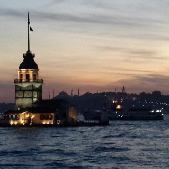 10/10/2013にCigdem C.がKız Kulesiで撮った写真