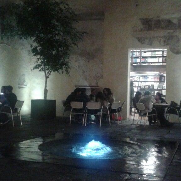 7/5/2014에 Kath님이 Profética - Casa de la Lectura에서 찍은 사진