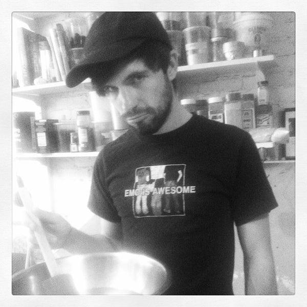 9/25/2013 tarihinde Tolga E.ziyaretçi tarafından Bedford Baking Studio'de çekilen fotoğraf