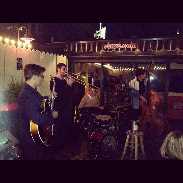 Foto diambil di VU Bar NYC oleh Leonardo S. pada 10/15/2012
