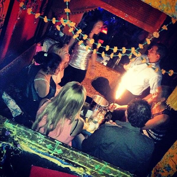 รูปภาพถ่ายที่ Tantra Lounge โดย DjMLUV เมื่อ 4/19/2013
