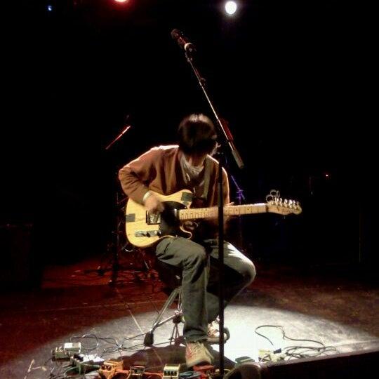 Das Foto wurde bei Le Poisson Rouge von Dan S. am 10/22/2011 aufgenommen