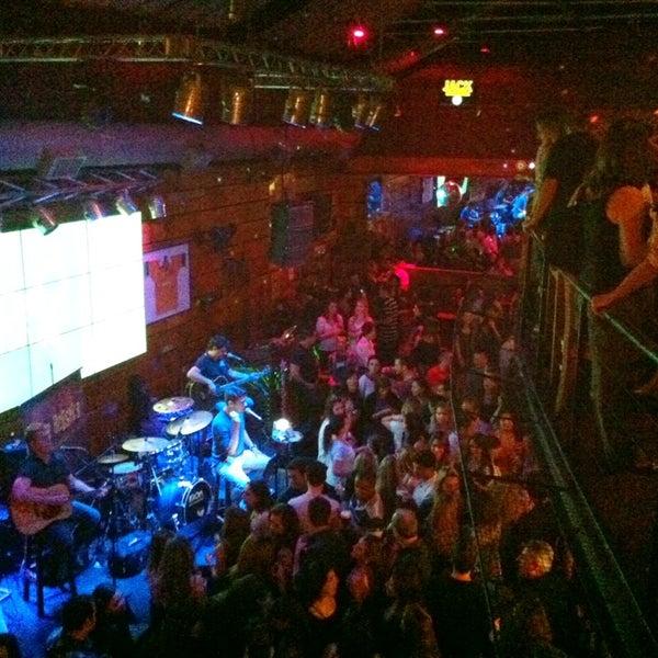 Foto diambil di Kia Ora Pub oleh Henrique M. pada 4/6/2013