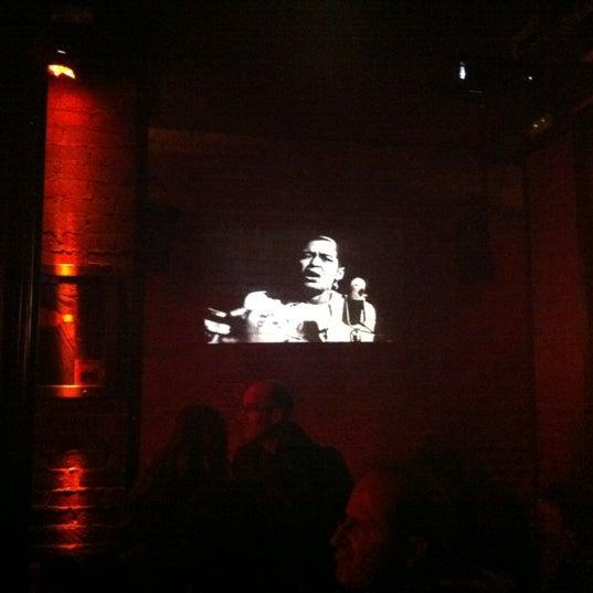 Foto tirada no(a) Moe Club por Fran A. em 10/26/2012
