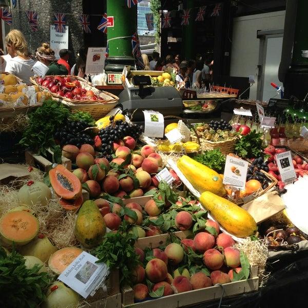 Foto tirada no(a) Borough Market por Julia S. em 7/13/2013