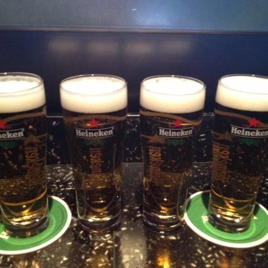 7/14/2013 tarihinde Colette W.ziyaretçi tarafından Heineken Experience'de çekilen fotoğraf