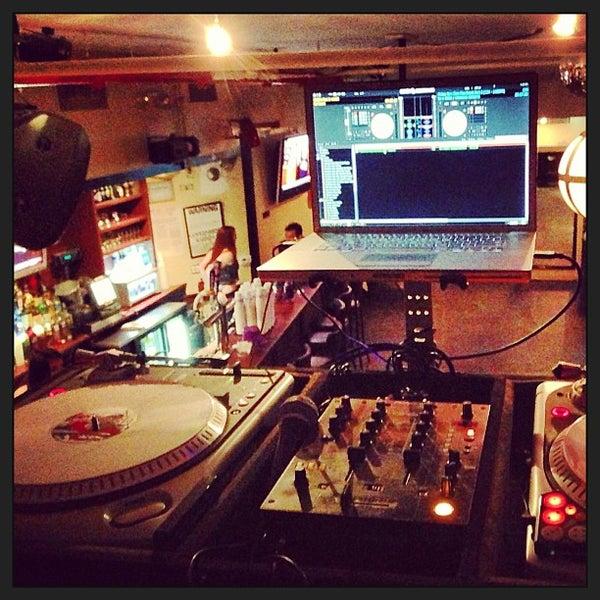 Das Foto wurde bei Opal Bar & Restaurant von Christopher H. am 1/1/2013 aufgenommen