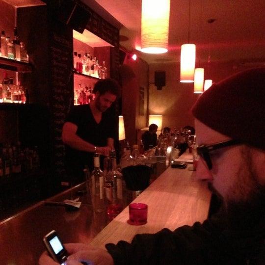 Photo prise au Couch Club par Markus J. le11/17/2012