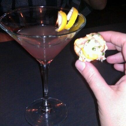 Foto tirada no(a) LT Bar & Grill por Dana M. em 10/1/2012