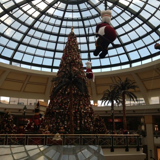 12/3/2012 tarihinde José Vitor L.ziyaretçi tarafından Shopping Iguatemi'de çekilen fotoğraf