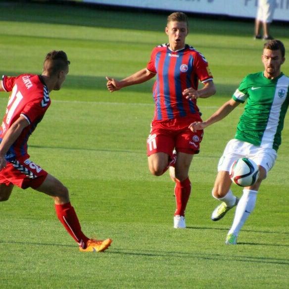 Foto tirada no(a) Štadión FK Senica por Matej H. em 8/1/2015