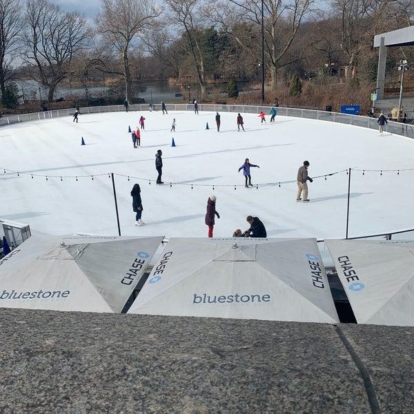 Das Foto wurde bei LeFrak Center at Lakeside von Juan D. am 2/2/2020 aufgenommen