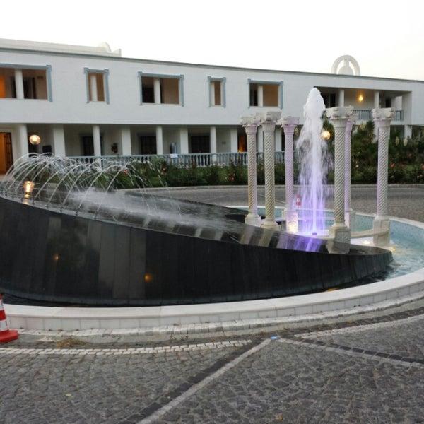 Das Foto wurde bei Samara Hotel von Bülent Y. am 6/15/2013 aufgenommen