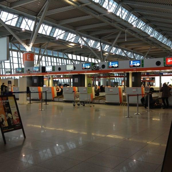4/11/2013에 Bodi님이 바르샤바 쇼팽 공항 (WAW)에서 찍은 사진