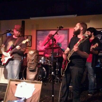 Foto diambil di Mickie Finnz Fish House & Bar oleh Rod L. pada 1/27/2013