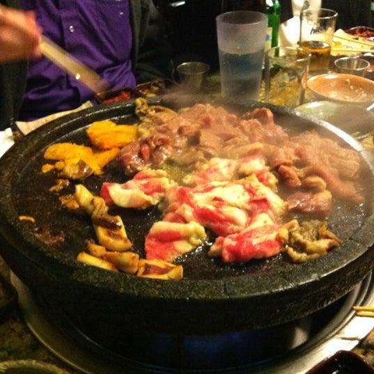 Foto scattata a Hae Jang Chon Korean BBQ Restaurant da Megan D. il 11/27/2012