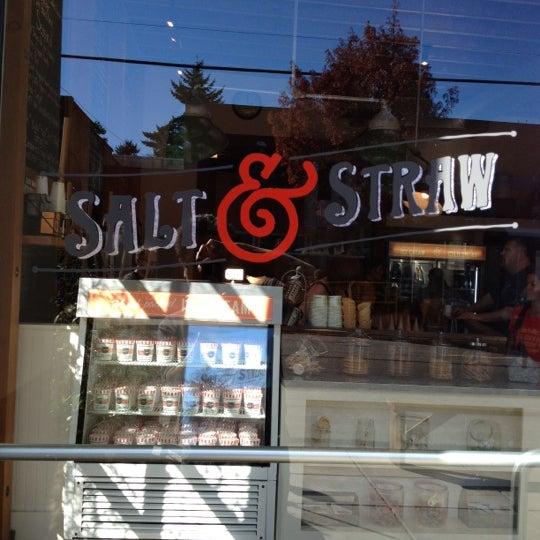Das Foto wurde bei Salt & Straw von Andrew D. am 10/1/2012 aufgenommen