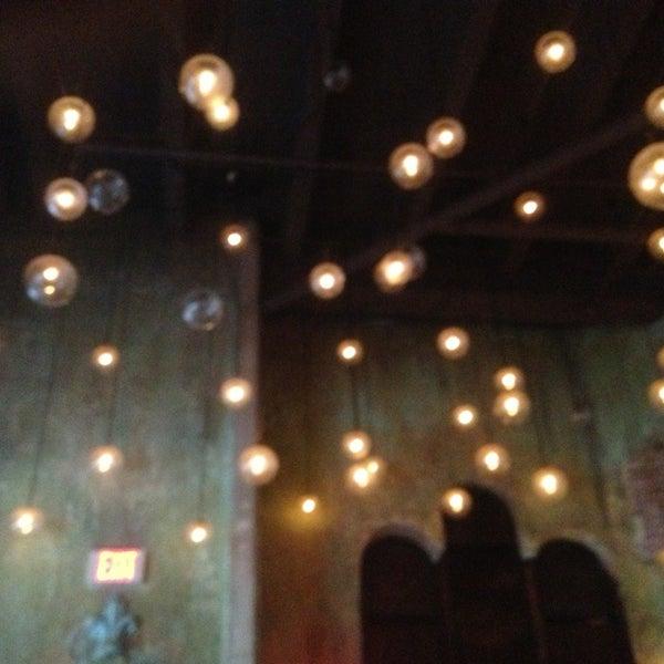7/12/2013에 Jack C.님이 Salvage Bar & Lounge에서 찍은 사진