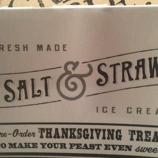 Das Foto wurde bei Salt & Straw von Johnathan K. am 11/22/2012 aufgenommen