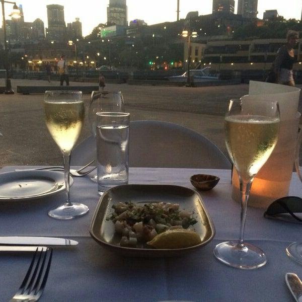 Foto scattata a Manta Restaurant da Nikita S. il 1/30/2014