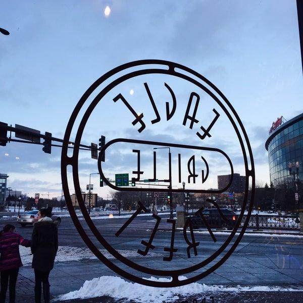 Das Foto wurde bei Eagle Street Grille von Bob L. am 12/28/2014 aufgenommen