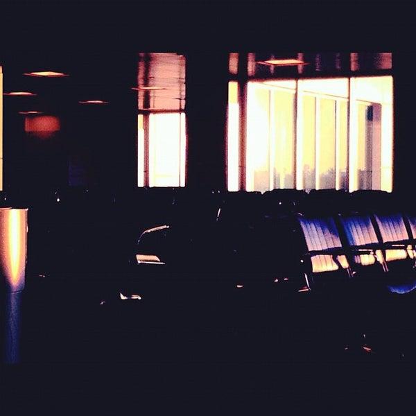 10/28/2012にStefani M.がGulfport-Biloxi International Airport (GPT)で撮った写真