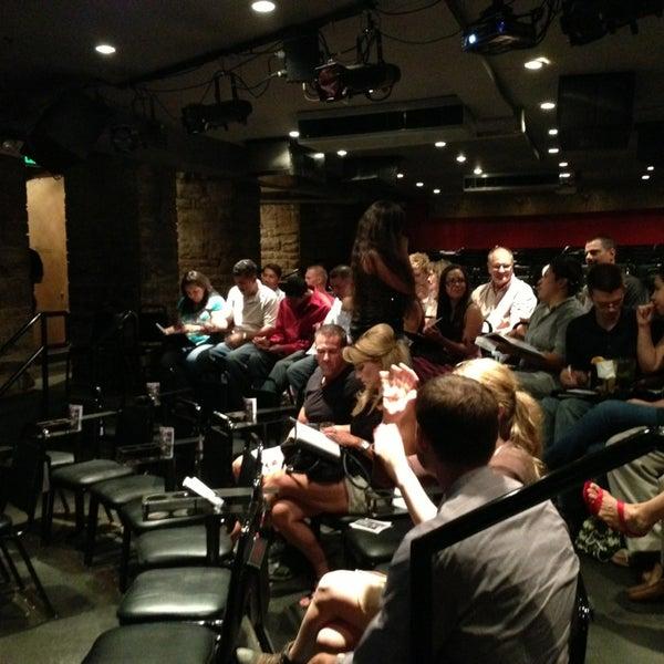 7/8/2013 tarihinde Dan V.ziyaretçi tarafından Comedy Works Downtown in Larimer Square'de çekilen fotoğraf