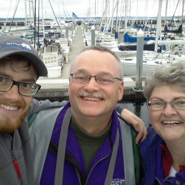 Photo prise au Seattle Sailing Club par Zach K. le9/28/2013