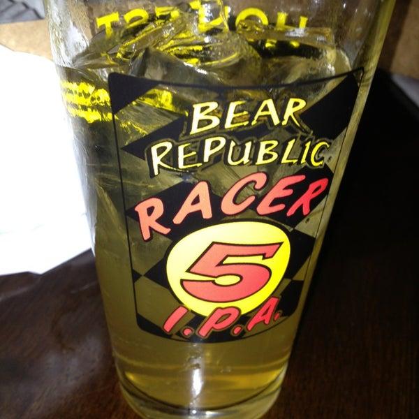 Foto diambil di Beer Authority NYC oleh Cheryl M. pada 1/26/2013